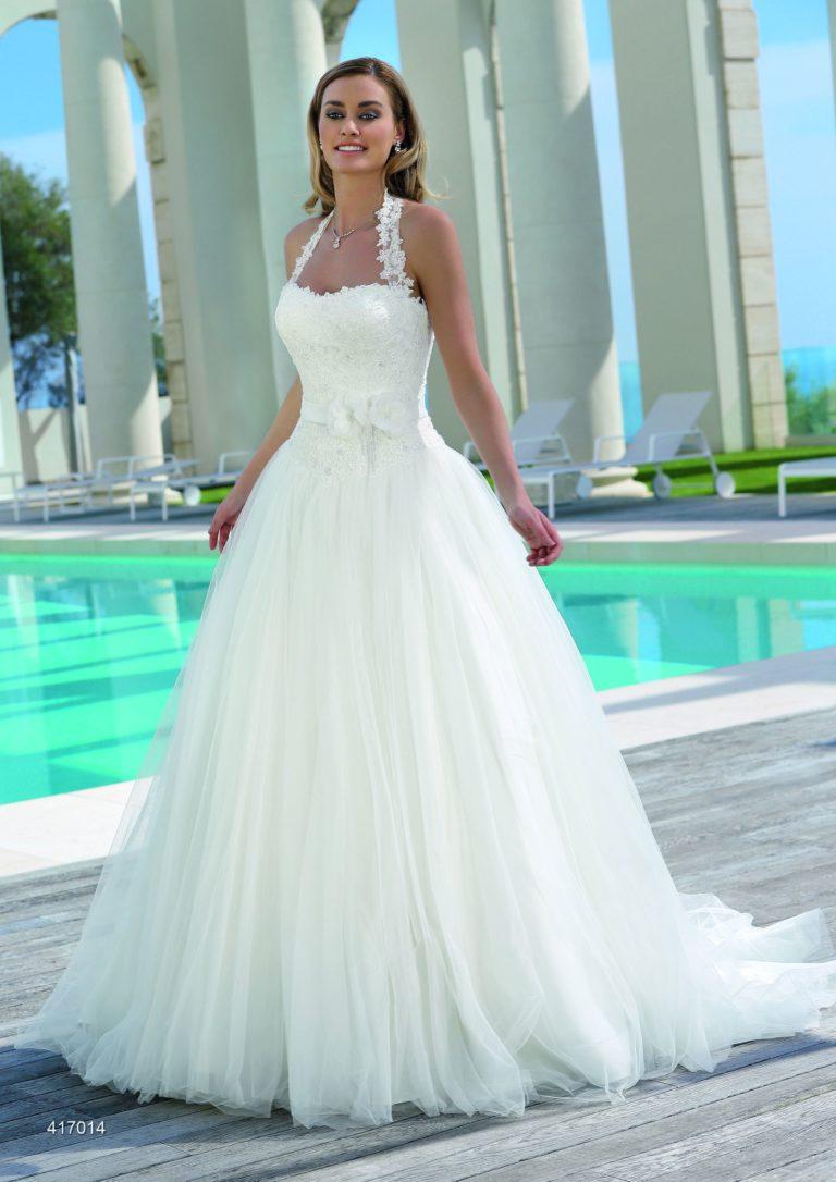 Hochzeitskleid Amberg, Prinzessinnenstil Nackholder