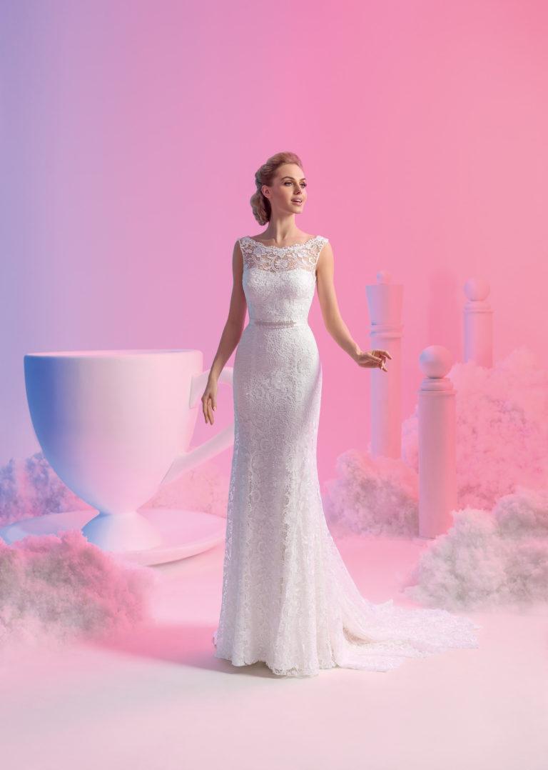 Brautkleid Mode de Pol schmal