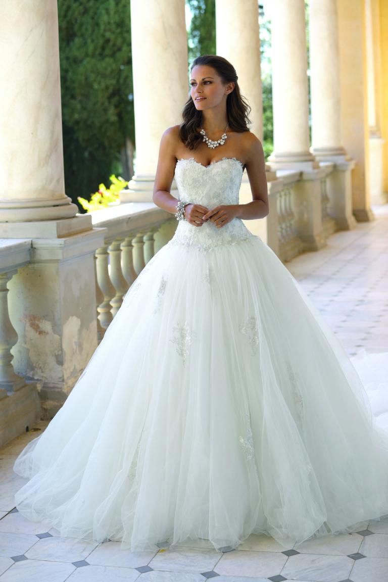 Brautkleid Amberg Prinzessinnenstil Corsage
