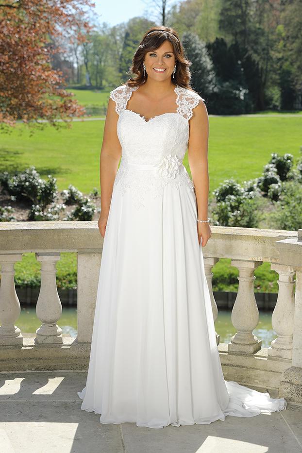 Brautkleider Übergröße